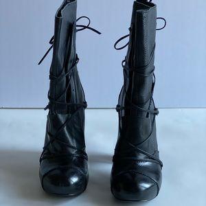 Black ALDO platform boot size 7